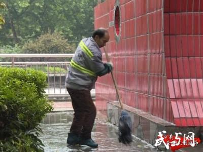 創文曝光臺|花鳥市場人流大 公廁供水需改善