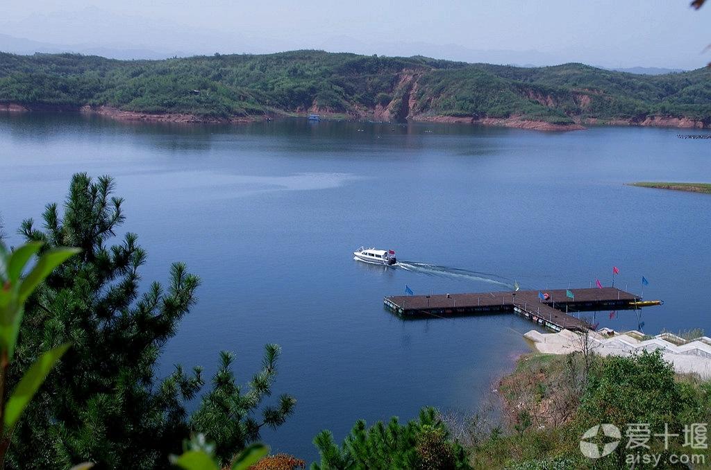 【秋游】武当山太子岛湖浪花里飞出欢乐的歌