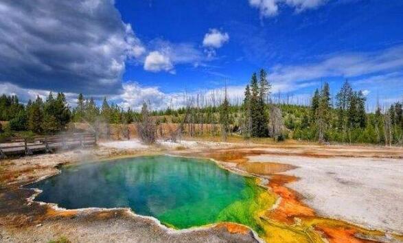 美国黄石国家公园最佳旅游季节2.jpg