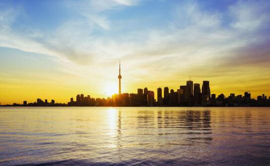 夏季加拿大旅游.jpg