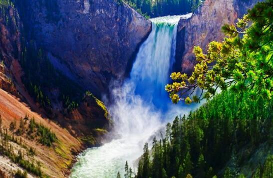 美国黄石国家公园旅游.jpg