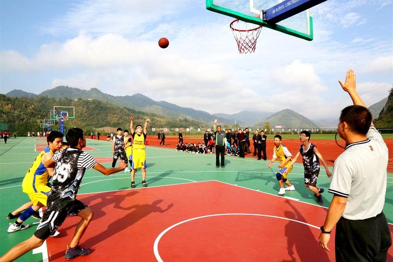 篮球拼搏赛1.jpg